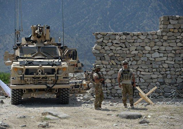美國控制著阿富汗的領空並清楚武裝分子武器供應的所有情況