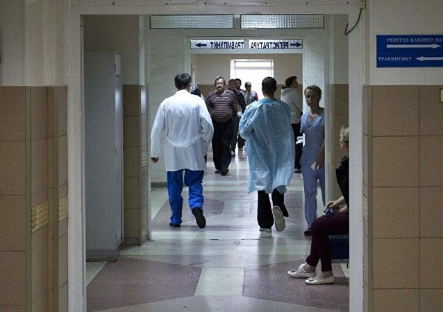 在蘇爾古特遭到不明人士刀刺的5名傷者仍在醫院