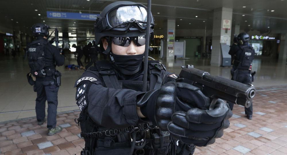韩国举行反恐演习