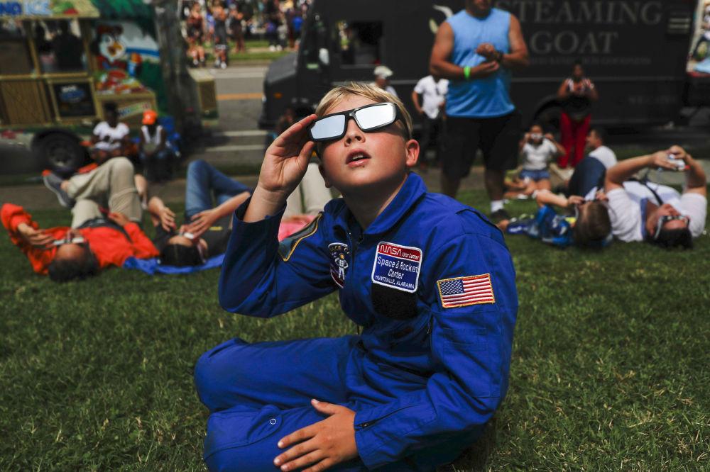 2017年美国超级日全食