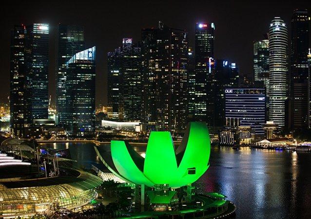 新加坡军人被禁止在秘密任务中佩戴健身手环