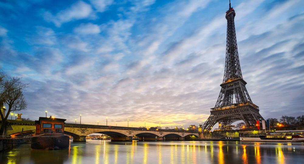 民调:俄罗斯人认为法国发生恐袭几率高于叙利亚