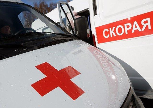 俄萨哈林旧纸浆厂发生屋顶坍塌事故 有人员被埋