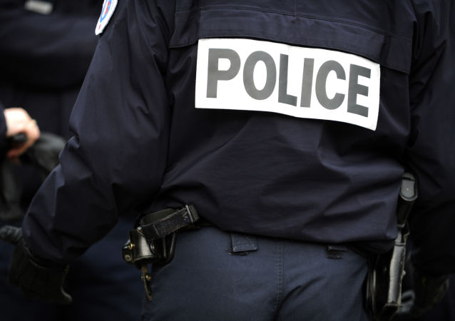 媒体:法国监狱120余名囚犯造反 警方展开特别行动