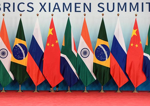 金磚國家領導人與會晤受邀國的會談在廈門開始