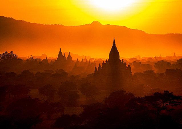 緬甸禁止遊客攀爬蒲甘寺廟