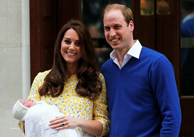 英国王室:英国凯特王妃诞下男婴