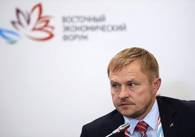"""全俄罗斯中小企业社会组织""""俄罗斯支柱""""主席亚历山大·加里宁"""