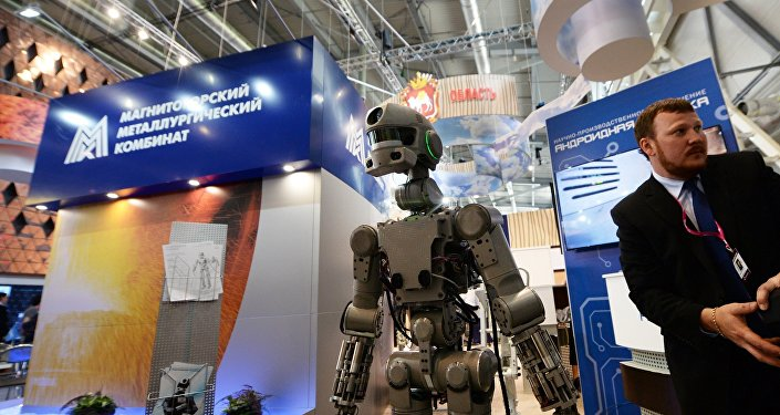 俄罗斯首款人形机器人费奥多尔