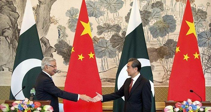中國外交部長王毅與巴基斯坦外長阿西夫