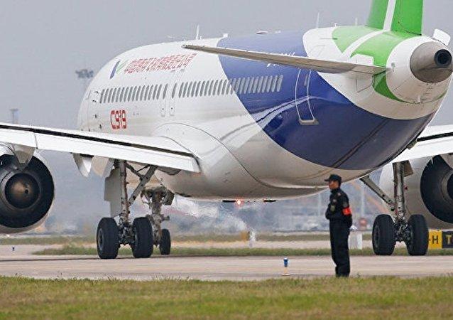 中国外长:C919大飞机多项重要研发和制造工作在江西完成