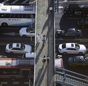 德勒首席經濟學家:中國汽車企業應從百家減少到十家