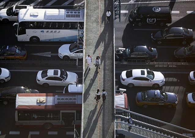 德勒首席经济学家:中国汽车企业应从百家减少到十家