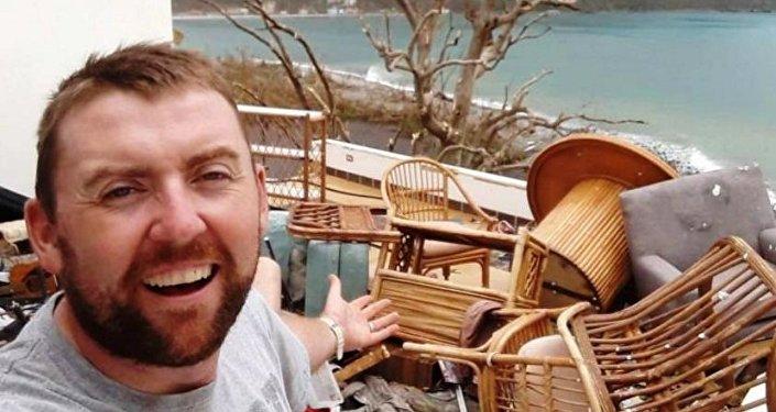 """男子小岛买新房仅一周就遭飓风""""洗礼"""""""