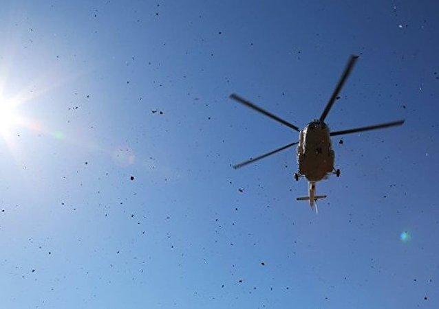 尼泊尔文化部长乘坐的直升机在该国东部坠毁