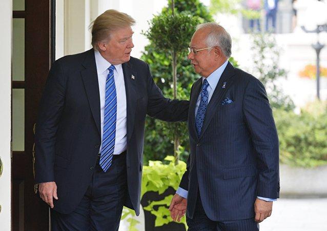 中國潛艇停靠馬來西亞 美馬峰會效果遭抹殺