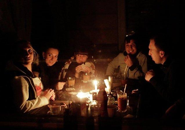 因恶劣天气俄罗斯许多地区约1.4万人断电