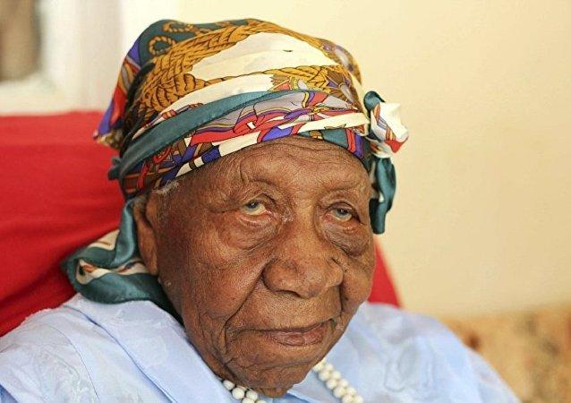 地球上最年長者華萊特∙莫斯布朗