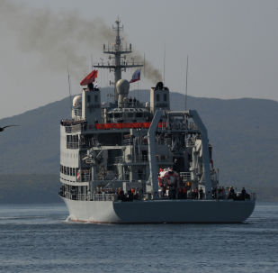 俄中軍人在「海上聯合-2017」演習中救援「遇險」潛艇乘員
