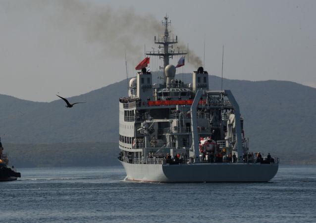 联演结束后在黄海举行俄中舰艇告别仪式
