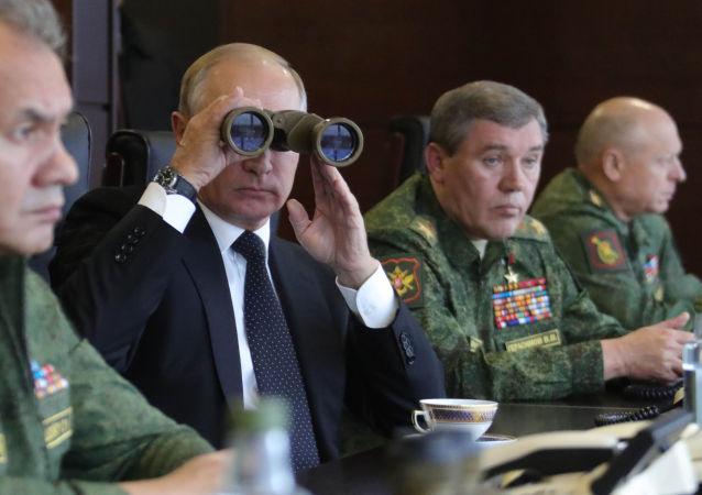 俄议员:普京曾亲自参与领导空天军驻叙部队