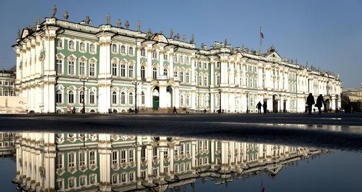 女子参观博物馆被偷百万卢布