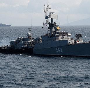 Малый противолодочный корабль Приморский комсомолец во время российско-китайских учений Морское взаимодействие - 2017.