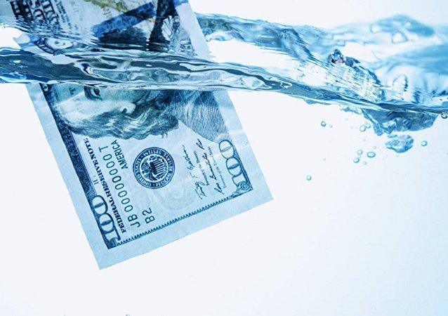 普京:破壞對美元儲備貨幣地位信任度是美國犯的大錯