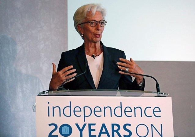IMF:加密貨幣可在本幣不穩定的國家取代美元