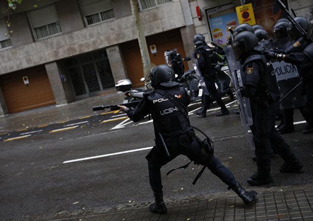 加泰罗尼亚警方