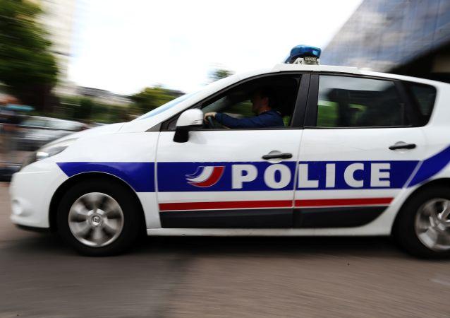 媒体:巴黎不明人士持刀伤害7人