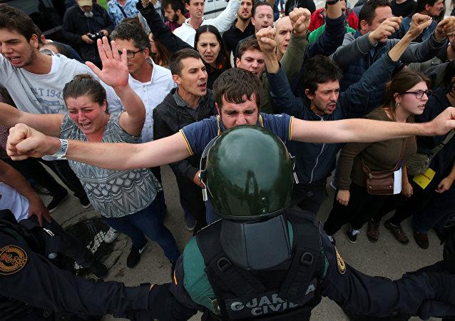 加泰罗尼亚公投期间的冲突