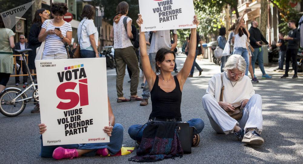西班牙副首相:加泰罗尼亚政府须于19日前就独立问题表态