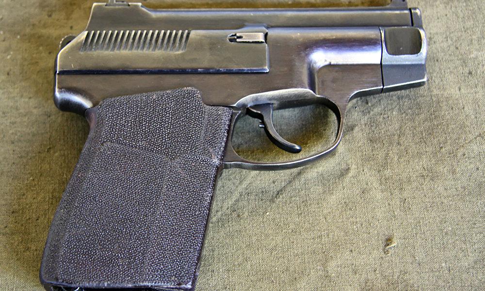 苏联特种部队专门列装了自动装弹手枪