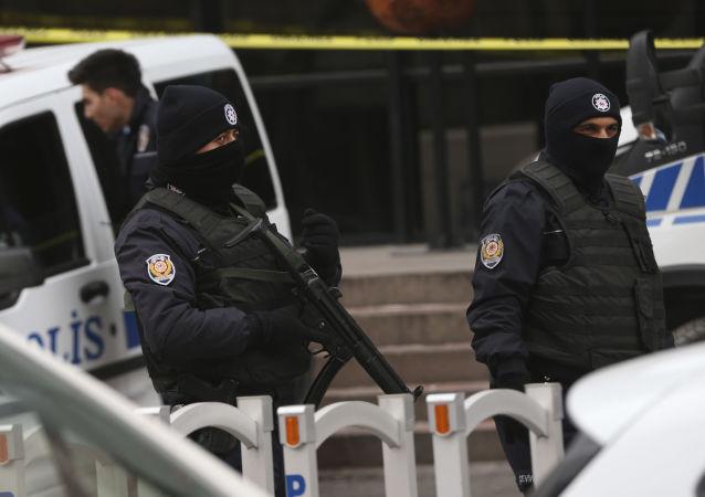Турецкая полиция в Анкаре