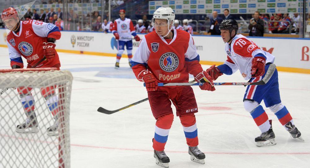 普京將在索契打冰球