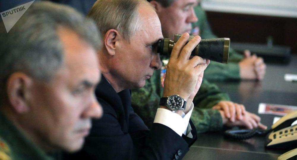 普京将参观俄中军队参加的军事大演习
