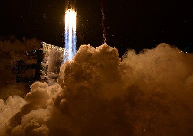 俄羅斯擬斥資120億美元打造超重型運載火箭