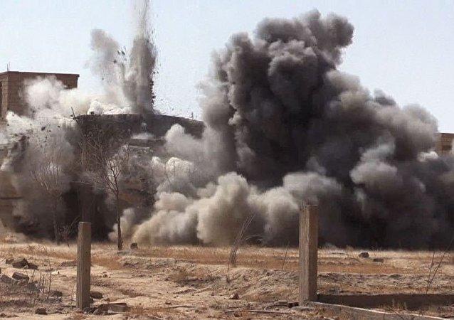 俄国防部:恐怖分子指挥所及多达80名武装分子在叙被消灭