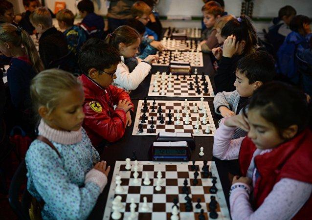 俄中国际象棋循环赛在阿尔泰开赛