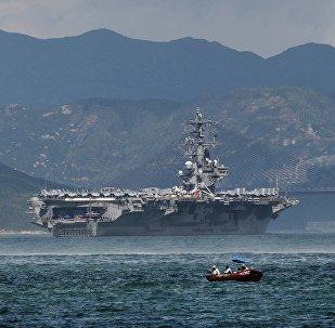 """美国海军""""罗纳德·里根""""号航母"""