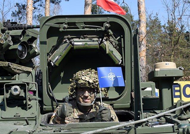 美國第2裝甲旅已經抵達波蘭,並與裝甲裝備一齊部署,同時當地還留有美國第3裝甲旅的裝備