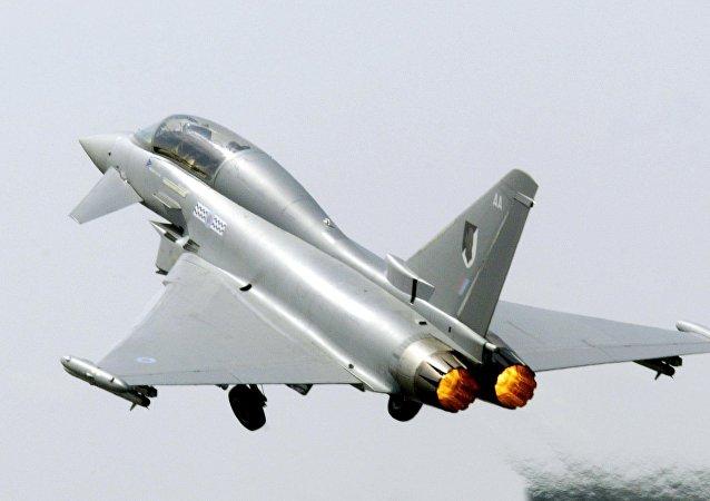 歐洲颱風戰鬥機
