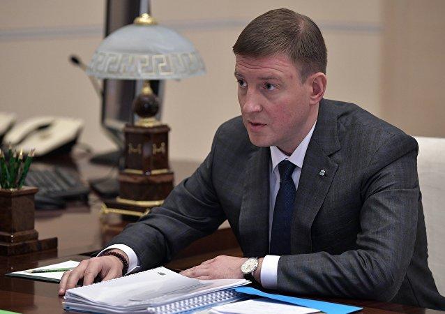普京将普斯科夫州州长解职并任命代理州长