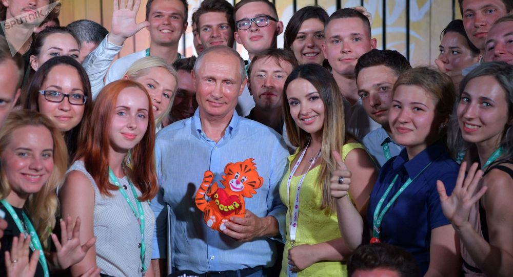 民调:四分之三的俄罗斯民众对普京表示信赖