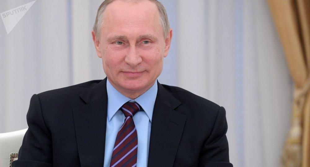 俄罗斯iTunes上又出新歌 神曲 《普京》居榜首