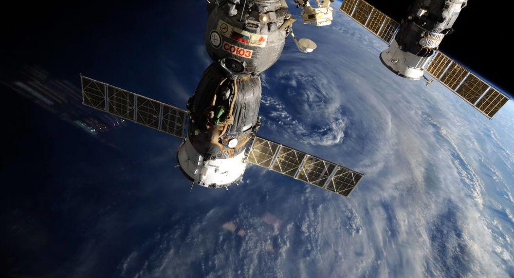俄航天集團1月14日將依美航天局請求研究可登月的「聯盟」號飛船