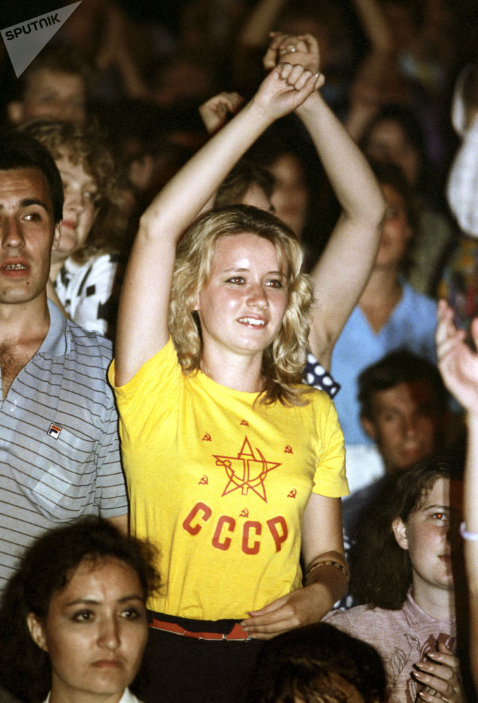 摇滚音乐比赛的场面,1988年