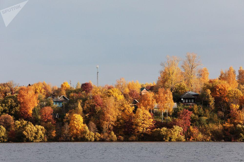 伏爾加河上的景色