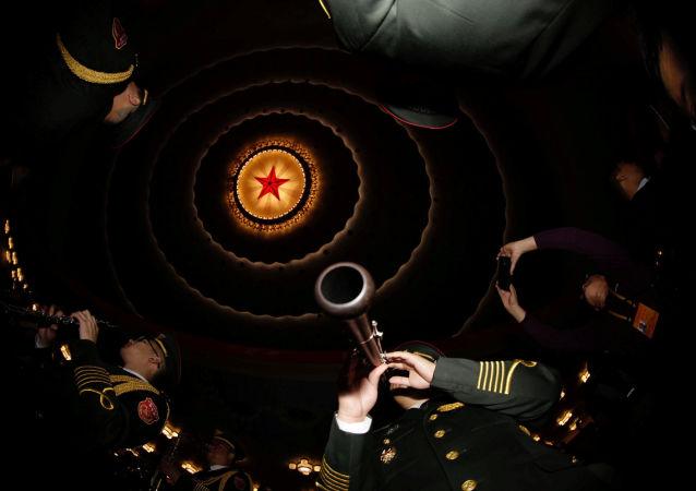 中国共产党的新党章为中国的发展确立理论基础